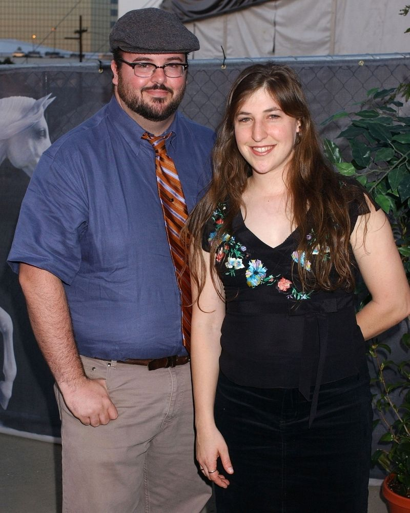 Mayim Bialik walked down the aisle with Micahel Stone in 2003